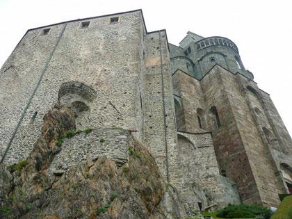 castle_exterior_1
